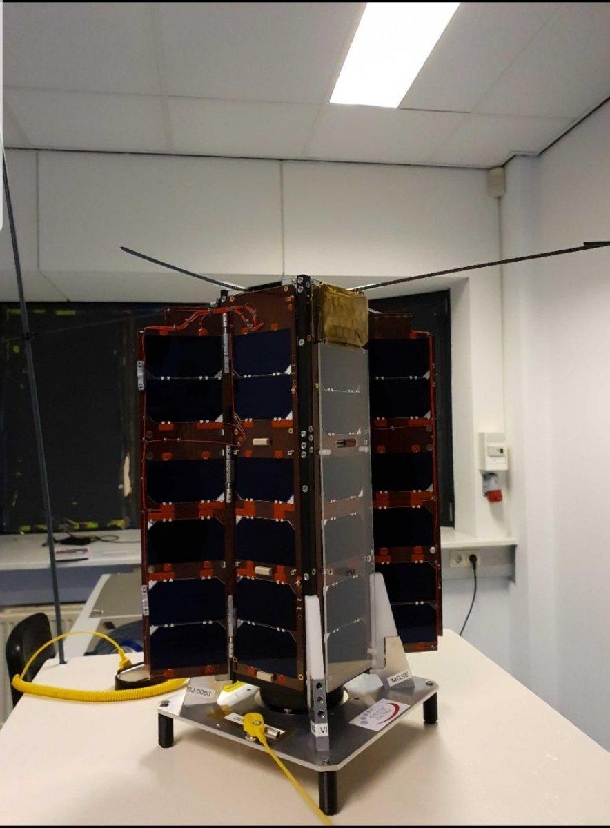 İsrail ve İtalya, uzaya mini laboratuvar fırlattı #2