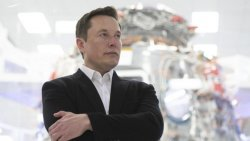Elon Musk: Bill Gates'in elektrikli araçlar hakkında hiçbir fikri yok