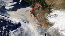 NASA, Kaliforniya yangınlarının neden olduğu yoğun dumanı uzaydan görüntüledi