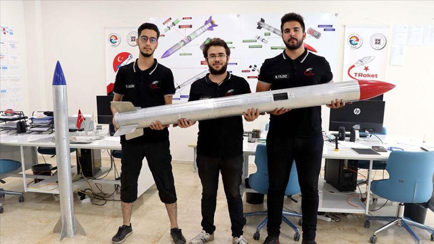 Genç yetenekler, tasarladıkları roketlerle TEKNOFEST te yarışacaklar #1