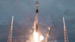 SpaceX, Arjantin'e ait yer gözlem uydusunu uzaya fırlattı