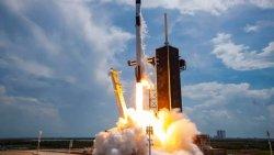 SpaceX, 60 Starlink uydusunu daha uzaya gönderdi