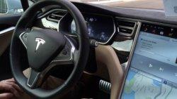 Kendiliğinden hızlanan Tesla, Çin'de kaza yaptı: 3 ölü 8 yaralı