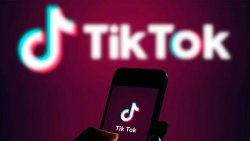 TikTok kullanan gençler, sahte reklam tehlikesiyle karşı karşıya