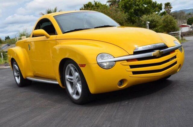 Chevrolet SSR  Dünyanın en ilginç araba tasarımları