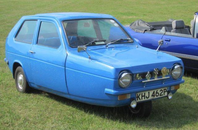 Reliant Robin  Dünyanın en ilginç araba tasarımları