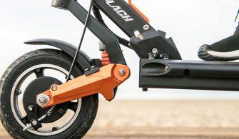 tam-suspansiyon-sistemine-sahip-elektrikli-scooter-video-2-660x371-2