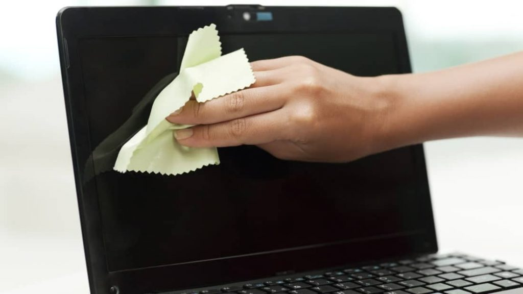 Bilgisayarınızın Temizliğini Nasıl Yapmalısınız? 2 – Ekran Temizligi